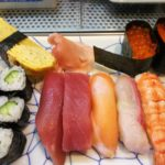 ・寿司が、巻物2本と10貫のお寿司